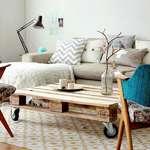 salon cosy avec table en palettes 5016121